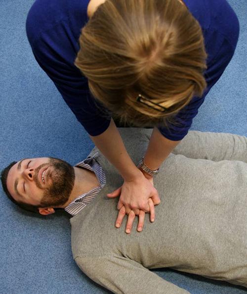 The Recovery Position - St John Ambulance