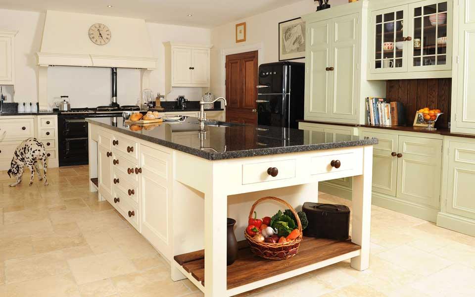 Fruitvale woodcraft crumlin handmade tables ni handmade for Kitchen designs northern ireland
