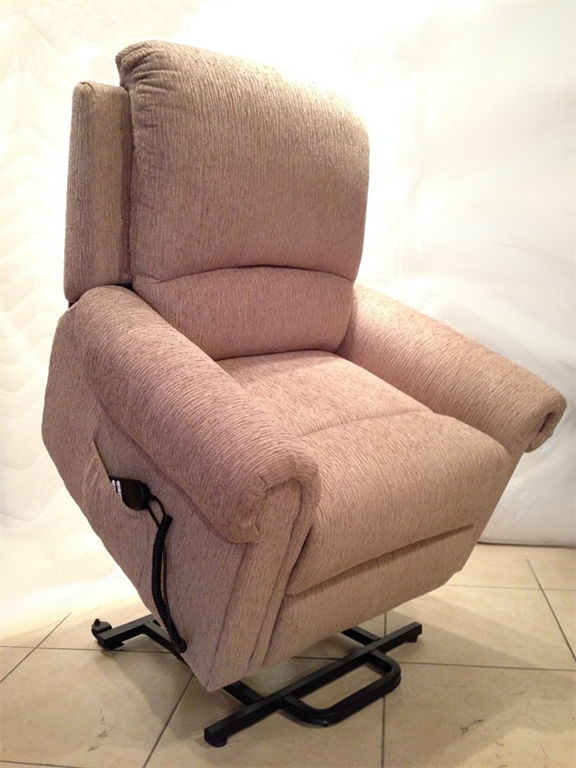Adjustable Beds In Belfast : Comfort first ni newtownabbey recliner chairs northern
