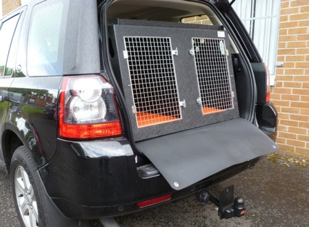 Dog transport boxes craigavon dog transport ni dog for 2 box auto indipendenti