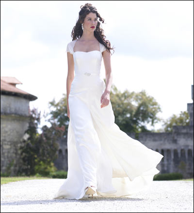 Cesley\'s blog: The look defies the traditional conservative wedding ...